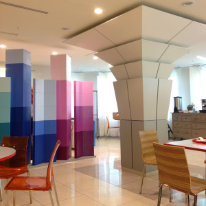 Мебель и декоративная отделка для кафе: столешницы, колонны