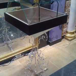 Изготовление витрин для ювелирного салона